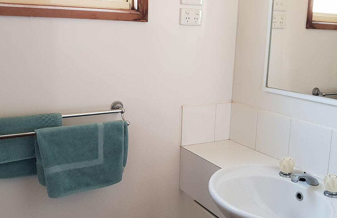 3bdr-villa-bathroom